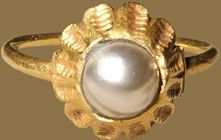 Renaissance Gemstone Ring  Italy, c. 1500    gold and freshwater pearl- use clay and paint!!!