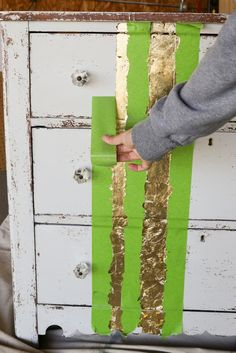 Learn how to apply gold leaf to furniture in 5 easy steps! Gold Leaf Furniture, Funky Painted Furniture, Paint Furniture, Upcycled Furniture, Furniture Makeover, Outdoor Furniture, Gold Diy, Furniture Painting Techniques, Gold Leaf Art