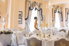 One frequented by Queen Victoria herself, The Royal Hotel exudes a timeless elegance that forms a stunning backdrop to your wedding celebrations. Ventnor Isle Of Wight, Wedding Venues, Wedding Day, Timeless Elegance, Queen Victoria, Celebrity Weddings, Perfect Wedding, Backdrops, Elegant