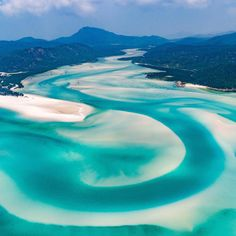 Is there a more breathtaking landscape in this world? 😍 Tag a mate you want to explore the Whitsundays with 🇦🇺📷 Places Around The World, In This World, Around The Worlds, The Whitsundays, Heaven On Earth, Mother Nature, Places To Travel, The Good Place, Tourism