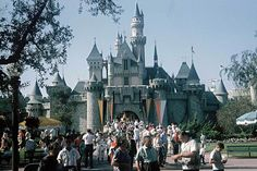 Relive The Magic With These 26 Vintage Disneyland Pictures