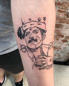 Tatuagem em Blackwork: Especial fim de ano (lista 2020) - Blog Tattoo2me Blackwork, Tatoos, Doodles, Sketch, Dots, Queen, Portrait, Drawings, Illustration