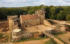 castillo-medieval-actual-01