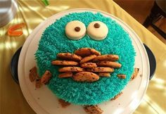 I've seen cookie monster cupcakes, but never a cookie monster cake before. Creative Cakes, Creative Food, Food Cakes, Cupcake Cakes, Bolo Original, Decoration Patisserie, Teen Cakes, Cute Cakes, Themed Cakes