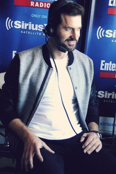 Richard Armitage attends SiriusXM's Entertainment Weekly Radio Channel (7/11/2015)