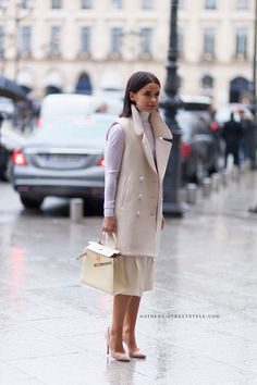 MD in white - Socialites and their Hermes -- PurseForum