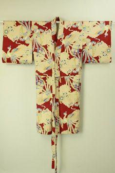 Nagajuban / 臙脂色地 雲と鳳凰宝尽くし柄 長襦袢   #Kimono #Japan http://global.rakuten.com/en/store/aiyama/