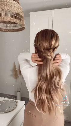 Hairdo For Long Hair, Bun Hairstyles For Long Hair, Braided Hairstyles, Braided Ponytail, Hair Up Styles, Medium Hair Styles, Hair Tutorials For Medium Hair, Hair Videos, Hair Hacks