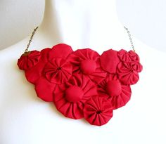 Vote for mi red silk bib necklace!!!