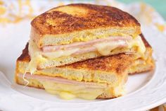 Weight-Watchers Grilled Ham and Three Cheese Sandwich | 14 Healthy Versions Of Your Favorite Unhealthy Recipes | Enjoy Your Favorite Food in a Healthy Way, check it out at http://homemaderecipes.com/14-healthy-versions-unhealthy-recipes/