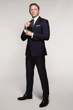 Daniel Craig Spectre 007 James Bond Suit Style Picture 002 Daniel Craig Suits Up as James