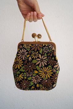 Vintage Handtaschen - Vintage Samt Abend Tasche Schiaparelli Paris - ein…