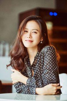 Son Ye-jin (손예진) - Picture Korean Beauty, Asian Beauty, Asian Celebrities, Celebs, Asian Woman, Asian Girl, Most Beautiful Women, Beautiful People, Koo Hye Sun