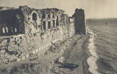 Bukaleon Palace, old Istanbul. Early Christian, Istanbul Turkey, Capital City, Roman Empire, Byzantine, Contemporary Architecture, Romania, Old Photos, Monument Valley