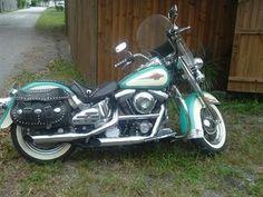 Harley- Davidson® FLSTC Details