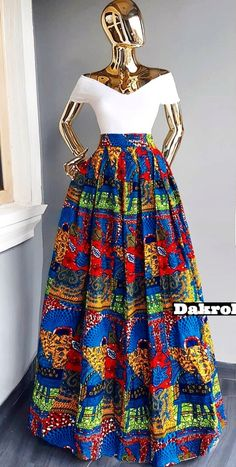 Maxi skirt in wax 100% cotton 2 side pockets Zipper Length 105cm, maybe lengthened or shortened on your request Dressy Dresses, African Attire, Sexy Curves, Sexy Outfits, African Fashion, Street Wear, Two Piece Skirt Set, Plus Size, Skirts