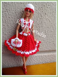Crochet Dollies, Crochet Doll Dress, Crochet Barbie Clothes, Knitted Dolls, Barbie Dress, Stuffed Toys Patterns, Fashion Dolls, Dresses, Crochet Doll Clothes