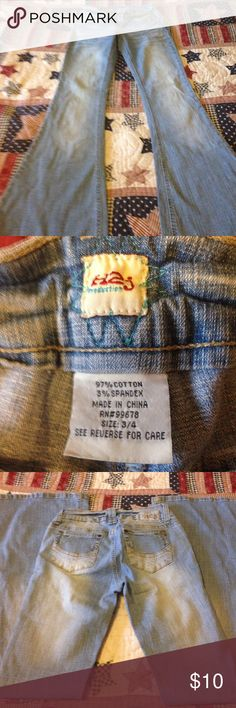 H2j size 3/4 jeans Size3/4 regular H2j jeans good used condition! Smoker H2j  Jeans Flare & Wide Leg