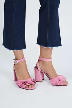 Pink suede leather high sandals with frill detail. High Sandals, Shoes Sandals, Quirky Girl, Going Out Outfits, Dream Shoes, Types Of Shoes, Suede Leather, Me Too Shoes, Zapatos