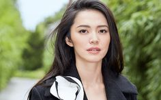 How did a nice middle-class actress conquer Weibo, China's answer to Twitter,   and turn herself into one of the most influential figures in the world?