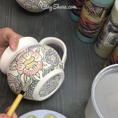 Pottery is an older art of making fantastic things with clay. Today pottery making has turned up as a growing interest amongst individuals of all ages. Pottery Shop, Slab Pottery, Pottery Mugs, Ceramic Pottery, Pottery Art, Hand Painted Pottery, Pottery Designs, Pottery Videos, Paint Your Own Pottery