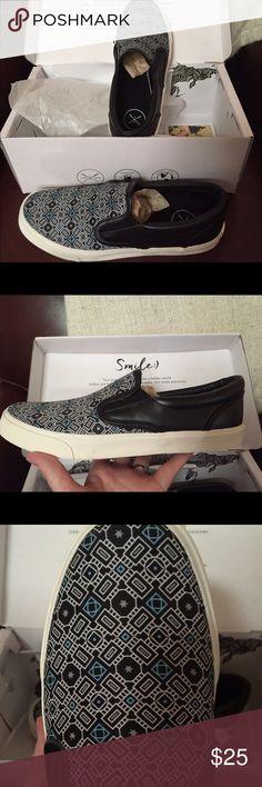 8fc6e8151 Inkkas Slip On Shoes ~ Barcelona m 10   w 12 New in box