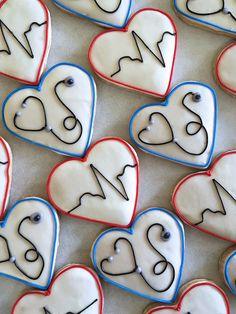 Kelsey's graduation party Summer Cookies, Fancy Cookies, Valentine Cookies, Iced Cookies, Cut Out Cookies, Birthday Cookies, Cupcake Cookies, Heart Cookies, Cookie Favors