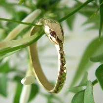 LOVE this -- reminds me of the Aes Sedai in the Wheel of Time Bespoke Jewellery From Argyll, Scotland.