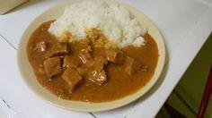 Lahodná omáčka z kýty s rýží Beef Curry, Party Finger Foods, Curry Sauce, Junk Food, Japanese Food, Thai Red Curry, Stew, Pork, Food And Drink