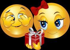 Immagine tramite We Heart It #smiley #geschenk