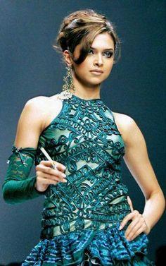 Deepika Padukone HD Images, New Pics, Latest Wallpapers Photoshoot Gallery Deepika Padukone Wallpaper, Deepika Padukone Style, Beautiful Bollywood Actress, Beautiful Indian Actress, Beautiful Celebrities, Beautiful Actresses, Dipika Padukone, Actress Aishwarya Rai, Bollywood Designer Sarees