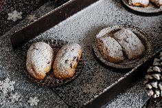 Mini Stollen, Bread, Cake, Food, Dried Apricots, Cakes, Simple, Pie Cake, Pie
