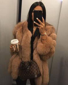 #furs #fur #furcoat #luxuryfurcoat #luxuryfur #furfashion #furry #fashion #furlovers #realfur #foxfur #furfetish #furlove #furlover #fursuit #furpassion #furries #furcoats #fourrure #furaddict #pelz #furstyle #furgoddess #furcoatfetish #furjacket #furdream #luxuryfur #winter #instafur #furryfandom #pelliccia #luxurylifestyle #popular #azet Winter Fashion Outfits, Fall Winter Outfits, Look Fashion, Autumn Winter Fashion, Womens Fashion, Fur Fashion, Fashion Killa, Cute Casual Outfits, Stylish Outfits