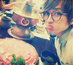 Why is Nissy so cute?! ><
