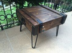 Loft coffe table hairpin legs from old military crate