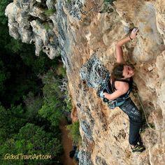Klettern auf Koh Yao Noi, Thailand: Auf Tuchfühlung mit Stalaktiten *** Gymnastik und Sauna im Tropenwald