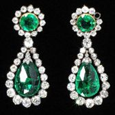 earrings  Nitot & Fils  France  About 1806  Faceted table-cut emeralds in borders of brilliant-cut diamonds; briolette emerald drops; open-set in gold and silver  Length 41.0cm  Museum no. M.3A  © Victoria & Albert Museum, London