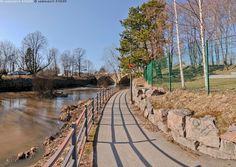 Vantaanjoki - Helsinki Uusimaa Finland Viikki Vanhakaupunki Vanhankaupunginkoski Koskipuisto vesistö joki silta Vantaanjoki kulttuurimaisema maisema tunneli kaide jalankulku väylä