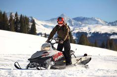 2017 is the time to try something new! Rent snowmobiles with your squad this winter in Ontario!