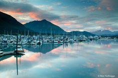 Look at this beautiful colored sky above the small boat harbor in Seward, Alaska. Seward Alaska, Anchorage Alaska, Beautiful Sites, Beautiful Places, Great Places, Places To See, Amazing Places, Alaska Destinations, Alaska Summer