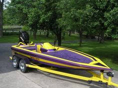 accepts most boats in any condition; as long as the value . - accepts most boats in any condition; as long as the value of the boat exceeds - Bass Fishing Boats, Sea Fishing, Saltwater Fishing, Fast Boats, Speed Boats, Aluminum Bass Boats, Donate Your Car, Ski Boats, Boat Projects