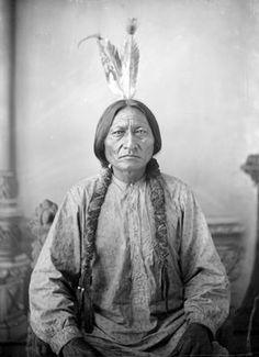 Native American Wisdom, Native American Pictures, Native American Beauty, Native American Tribes, Native American History, American Indians, Native American Paintings, Sitting Bull, Battle Of Little Bighorn
