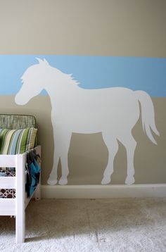 Love this idea! Maybe get a stencil and do this for Hay Hay's room.