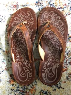 Olukai Leather Thongs Paniolo Size 7.5