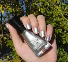Sally Hansen Insta Dri Fast Dry Nail Color in Silver Sweep (newly added this