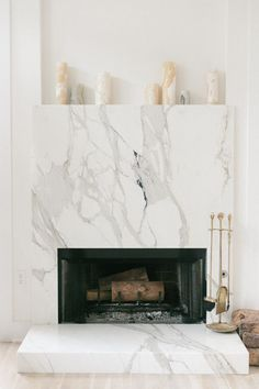 6 Authentic Tricks: Fireplace Living Room Modern tv over fireplace shiplap.Rock Fireplace With Builtins cozy fireplace deer heads.Fireplace Built Ins One Side. Simple Fireplace, Fake Fireplace, Concrete Fireplace, Bedroom Fireplace, Fireplace Remodel, Marble Fireplaces, Fireplace Wall, Living Room With Fireplace, Fireplace Surrounds