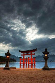 厳島神社 宮島 広島県 Itsukushima Shrine, Hiroshima, Japan