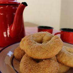 Biscoito de Nata2 Bagel, Food And Drink, Bread, Cool Stuff, Crack Crackers, Cook, Gastronomia, Recipes, Ideas