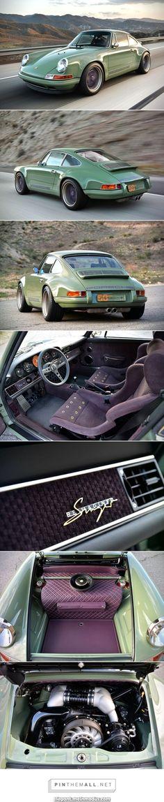FERRARI Automotive; Classic Car; Oldtimer; Sportwagen Wanduhr mit Auto Motiv
