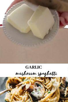 🍝Vegetarian · Serves 4 · This Creamy Garlic Herb Mushroom Spaghetti is total comfort food! Simple ingredients, ready in about 30 minutes. Vegetarian Spaghetti, Vegetarian Pasta Recipes, Spaghetti Recipes, Healthy Recipes, Creamy Garlic Pasta, Creamy Garlic Mushrooms, Garlic Spaghetti, Egg Recipes For Breakfast, Dinner Recipes